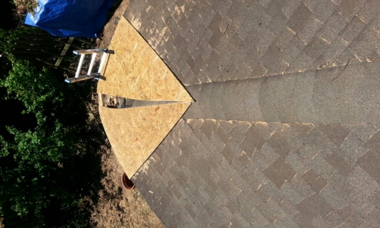 Temporary framing to secure tarp