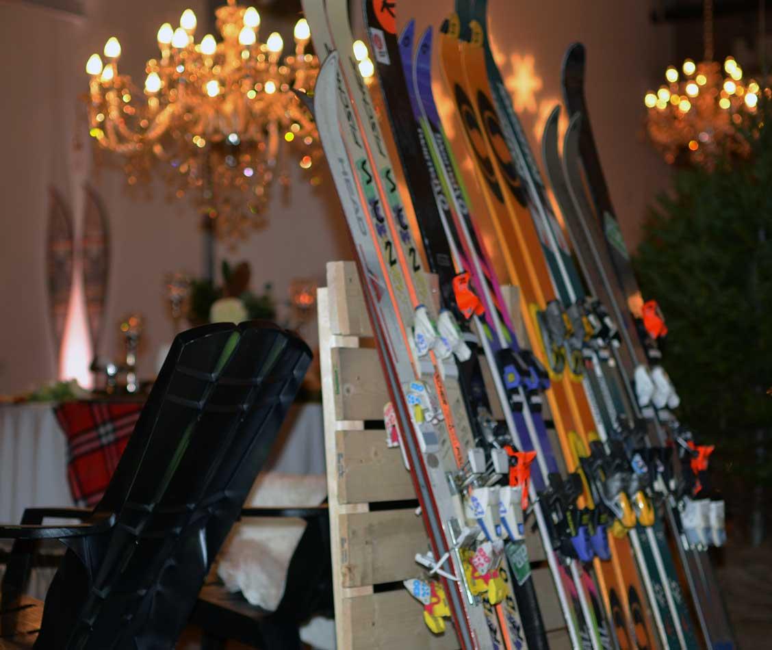 skiis2.jpg