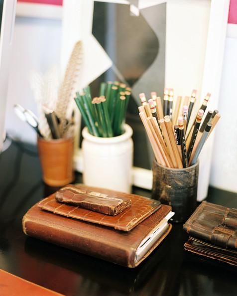 Work+Space+Leather+journals+office+supplies+8UTG1FnAYyDl.jpg