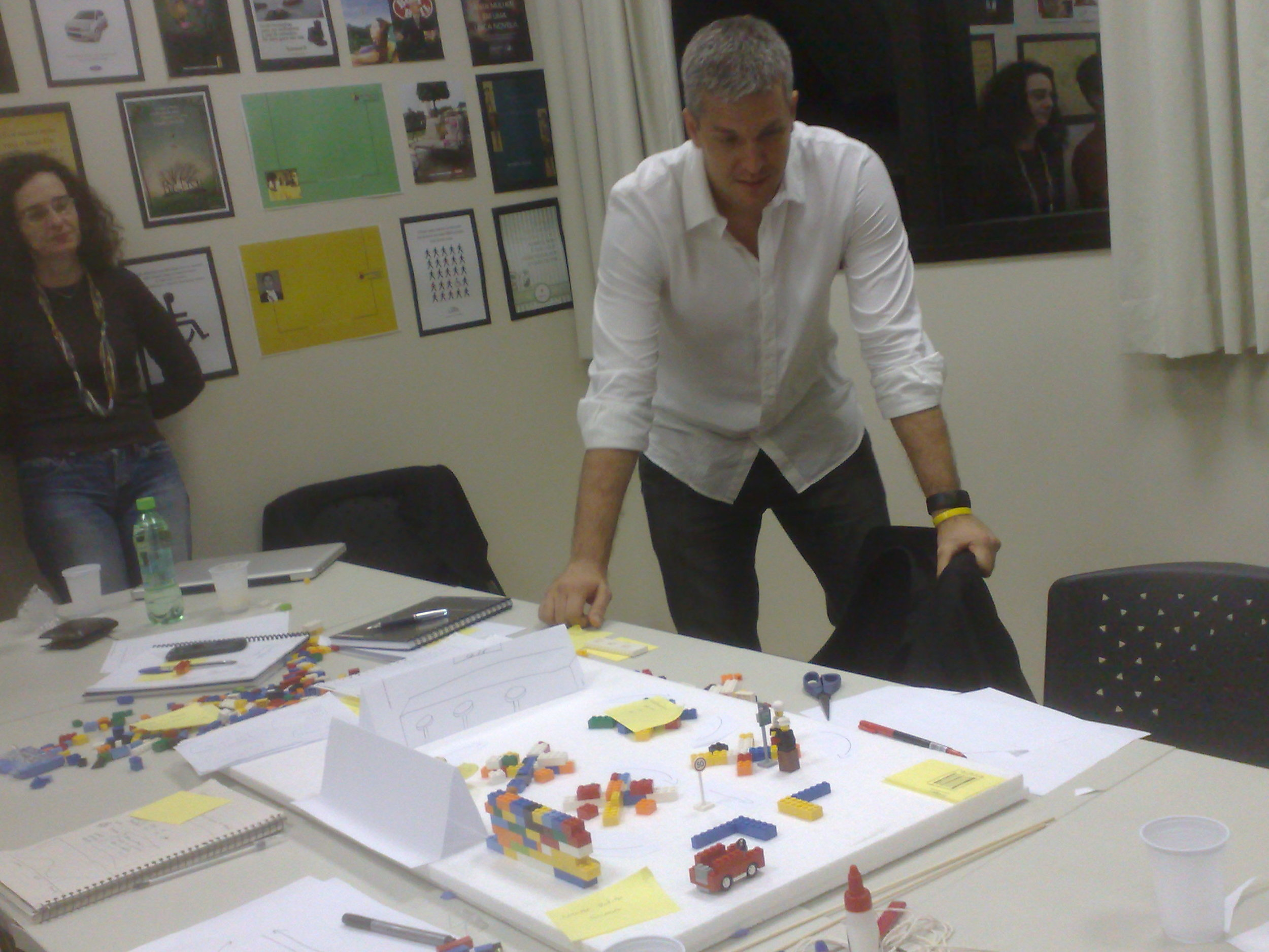 Day 6 - #DesignThinking and #Innovation - #Prototyping @dtespm w/@LuisAlt @TennyDesign