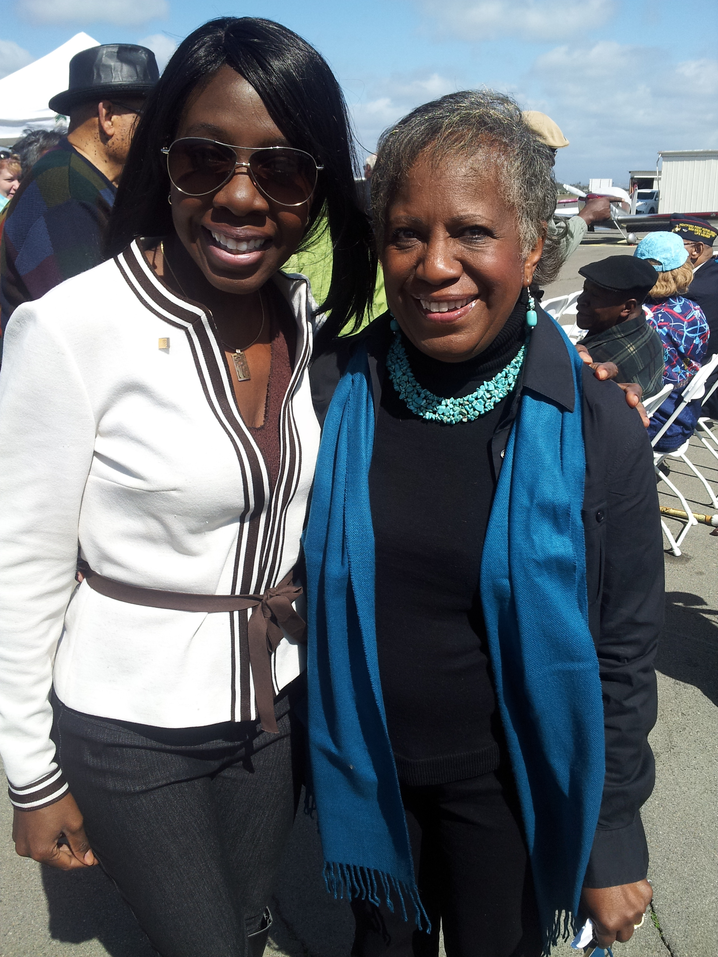 I was so happy to see my mentor Raye Clendening. She was on the dedication committee.