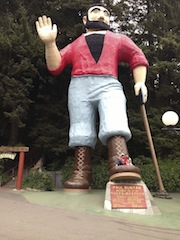 A quick stop to check out Paul Bunyan