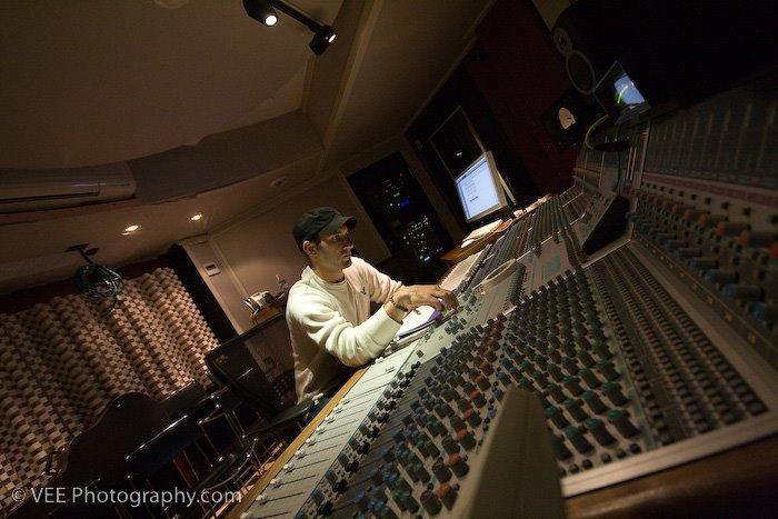 Ryan LaPerle (Studio VEmbling 2)