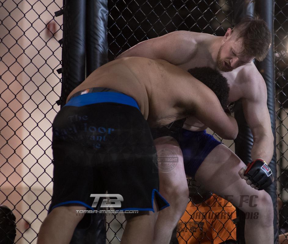 Tyree Milsap_Blue vs Cayin Hull-14.jpg