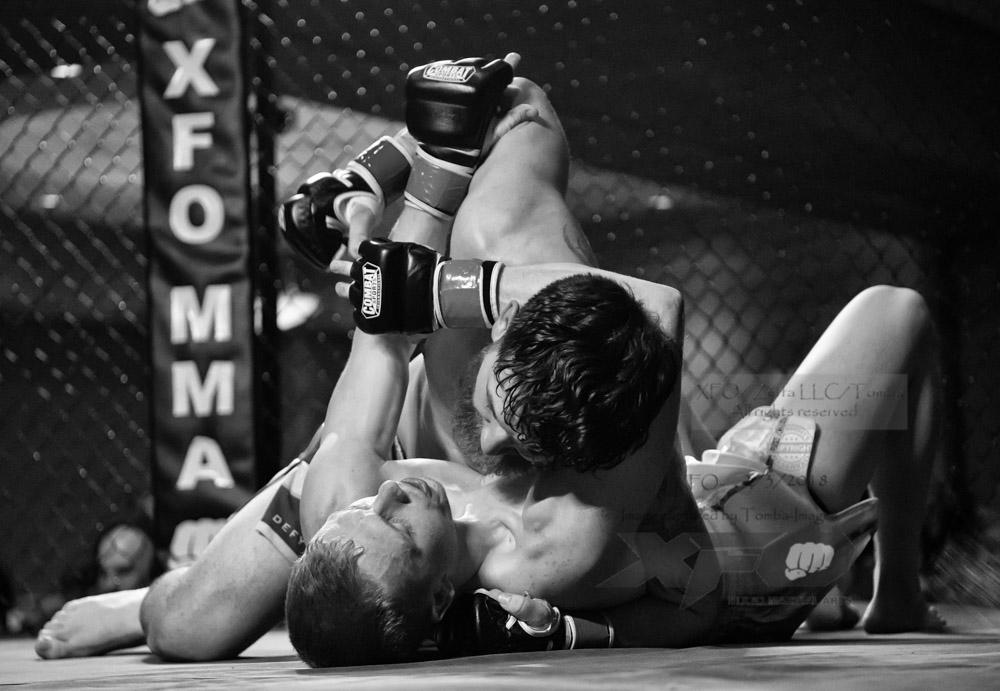 JR Roberts vs Seth Swinehart-15-Edit.jpg