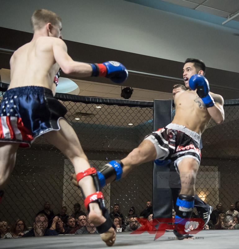Eli Roberts vs Manny Garcia-02.jpg