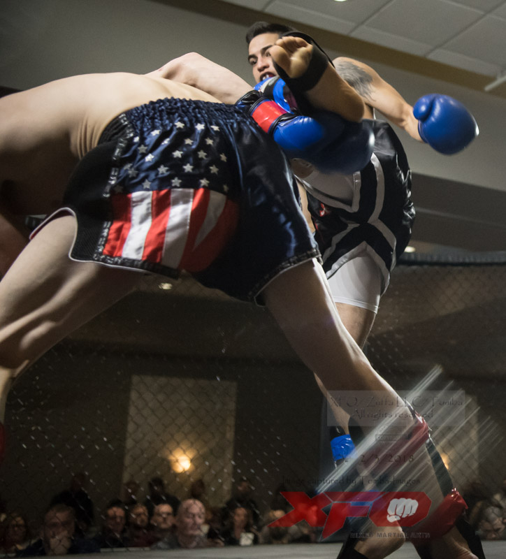 Eli Roberts vs Manny Garcia-05.jpg