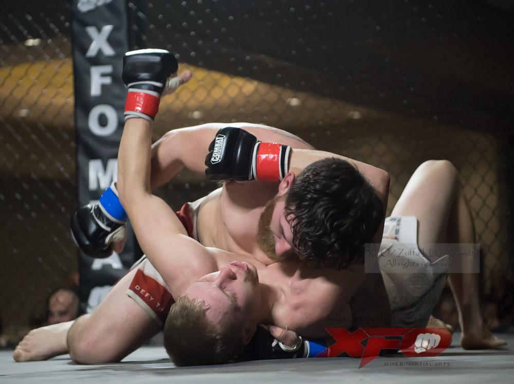 JR Roberts vs Seth Swinehart-14.jpg