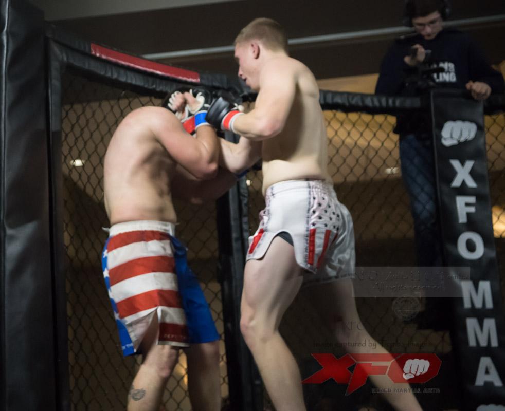 JR Roberts vs Seth Swinehart-28.jpg