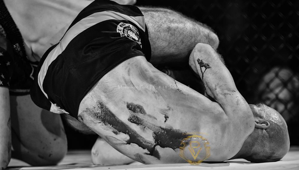 Sam Breur vs Brogaard_Fight of the Night- (26 of 49).jpg