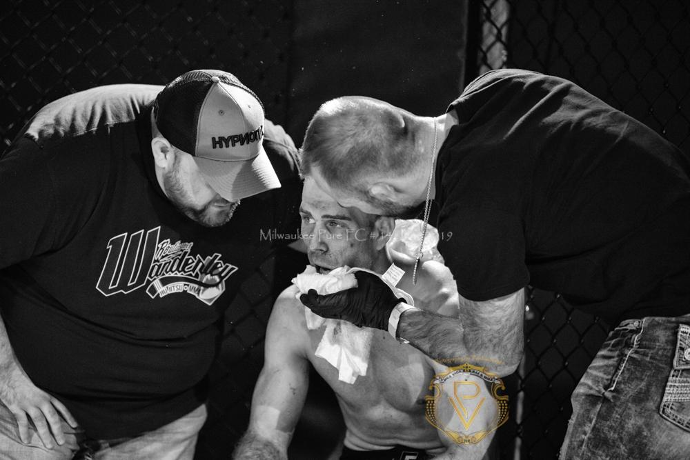 Sam Breur vs Brogaard_Fight of the Night- (32 of 49).jpg