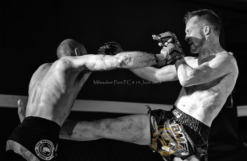 Sam Breur vs Brogaard_Fight of the Night- (36 of 49).jpg