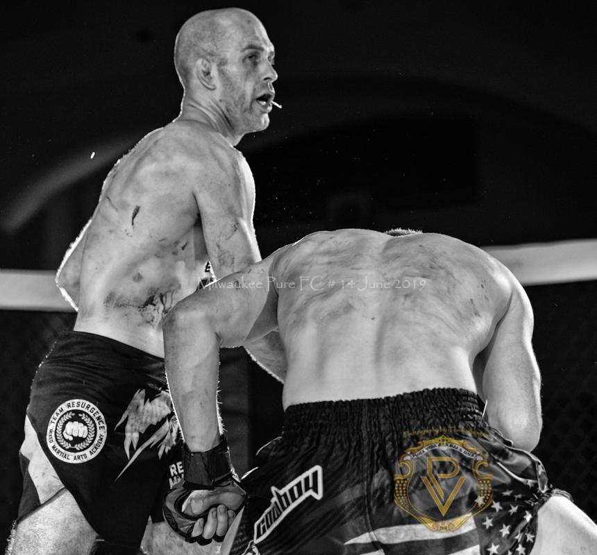 Sam Breur vs Brogaard_Fight of the Night- (42 of 49).jpg