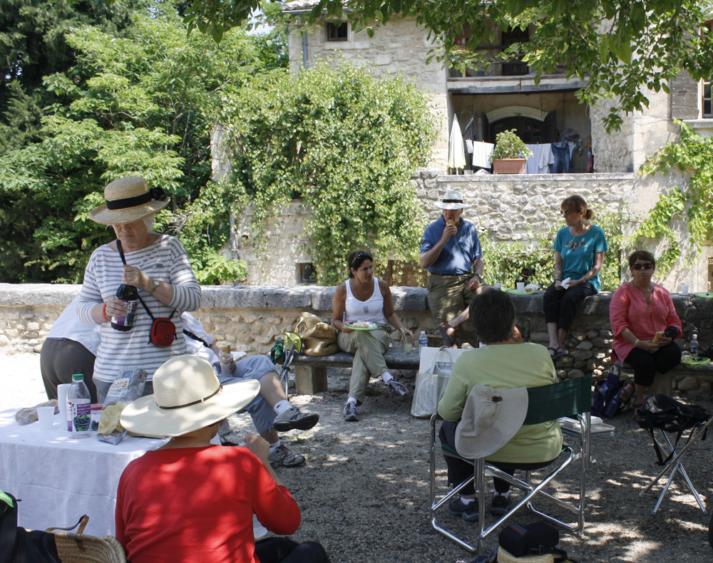 Picnic lunch, Provence landscape workshop