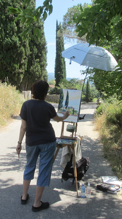 Painting a  watercolor  in Provence.