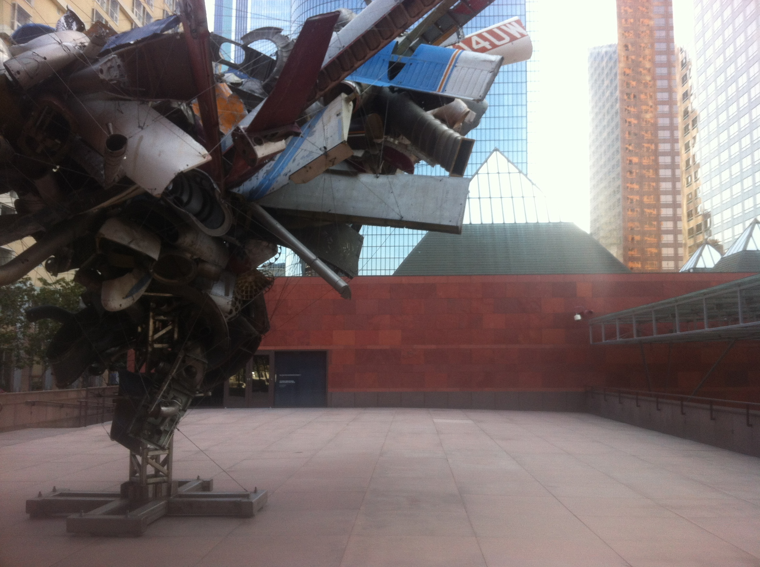 "Nancy Rubin's Monumental Stainless-Steel Sculpture ""Mark Thompson's Airplane Parts"" (2001) in the LA MOCA Plaza. Photo: Lynne Azpeitia"