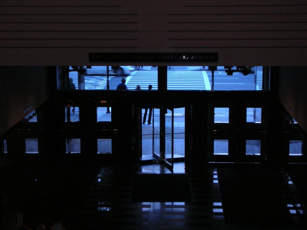 Entrance, SFMOMA. Photo: Lynne Azpeitia
