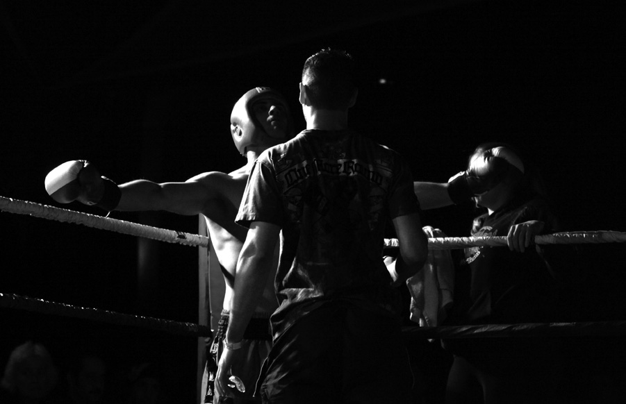 A Mauy Thai fighter prepares for a match.