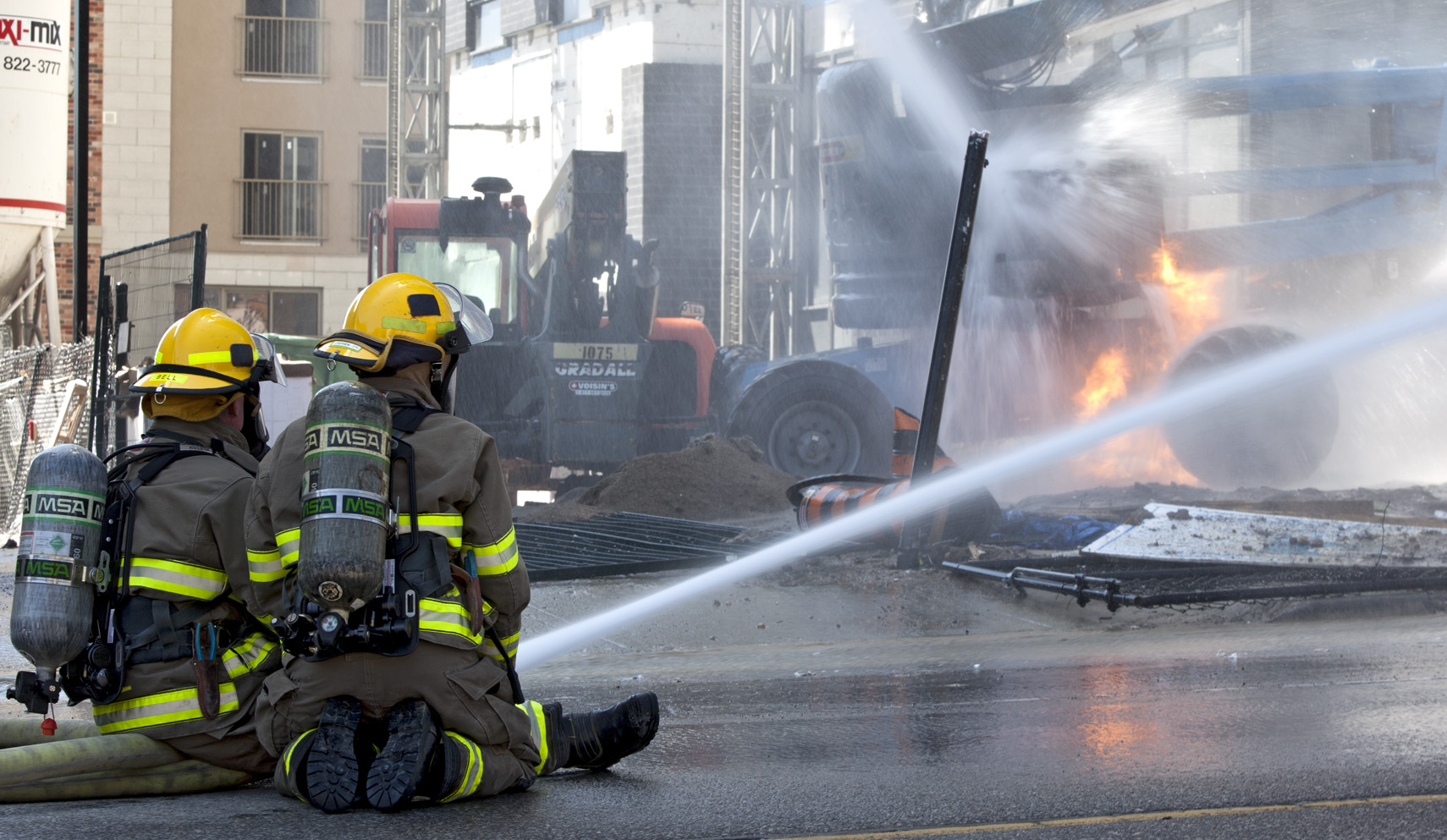 First frame. The I originally thought this would be the best vantage point to tell the story of the fire.   f11 1/50 ISO 100