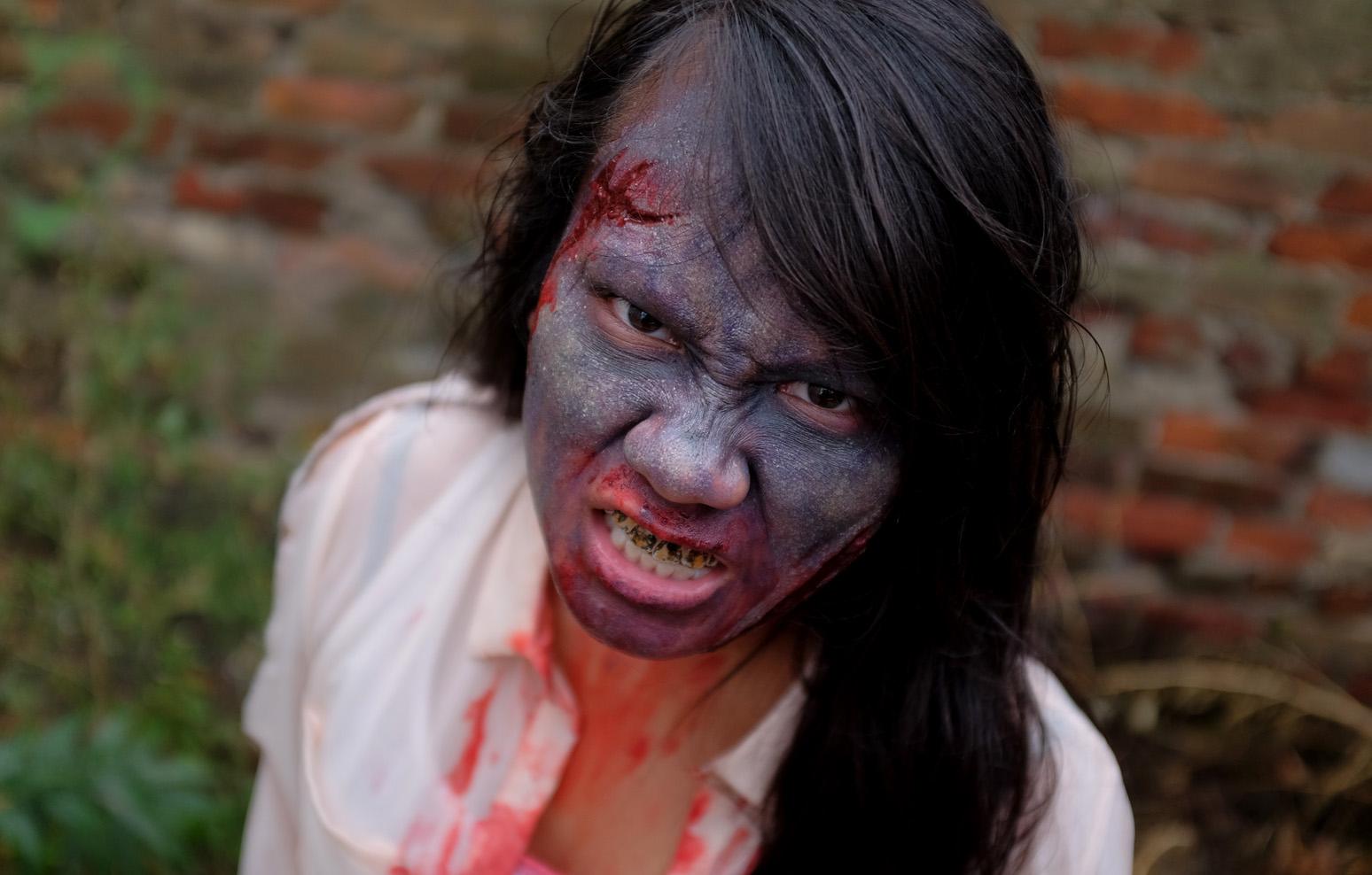 Zombie-100dpi-5.jpg