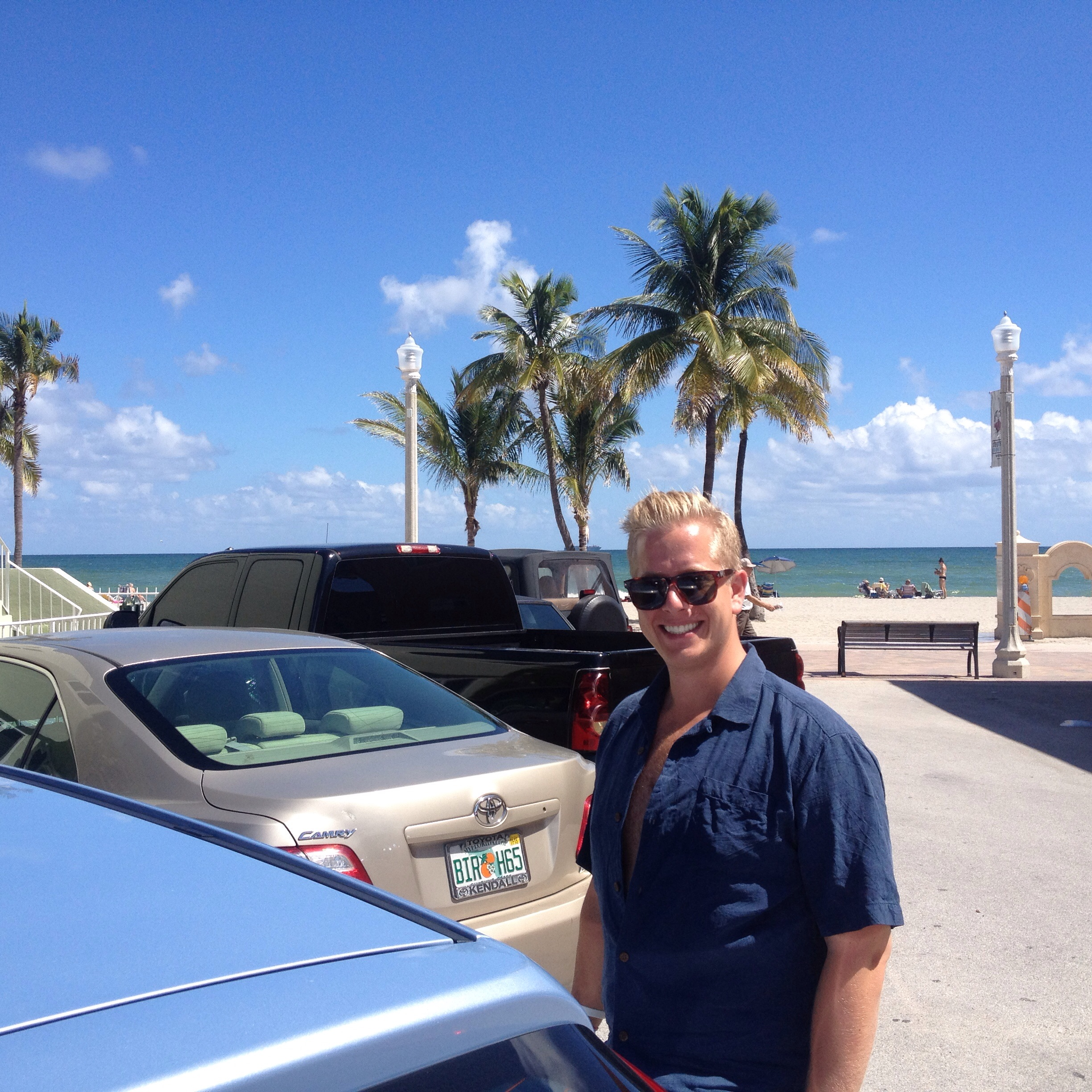Boring day fixing practical stuff for work today, posting some pics from the trip Albin and I made to Miami last Saturday. Stops in Key Biscayne as well as Little Havanna.