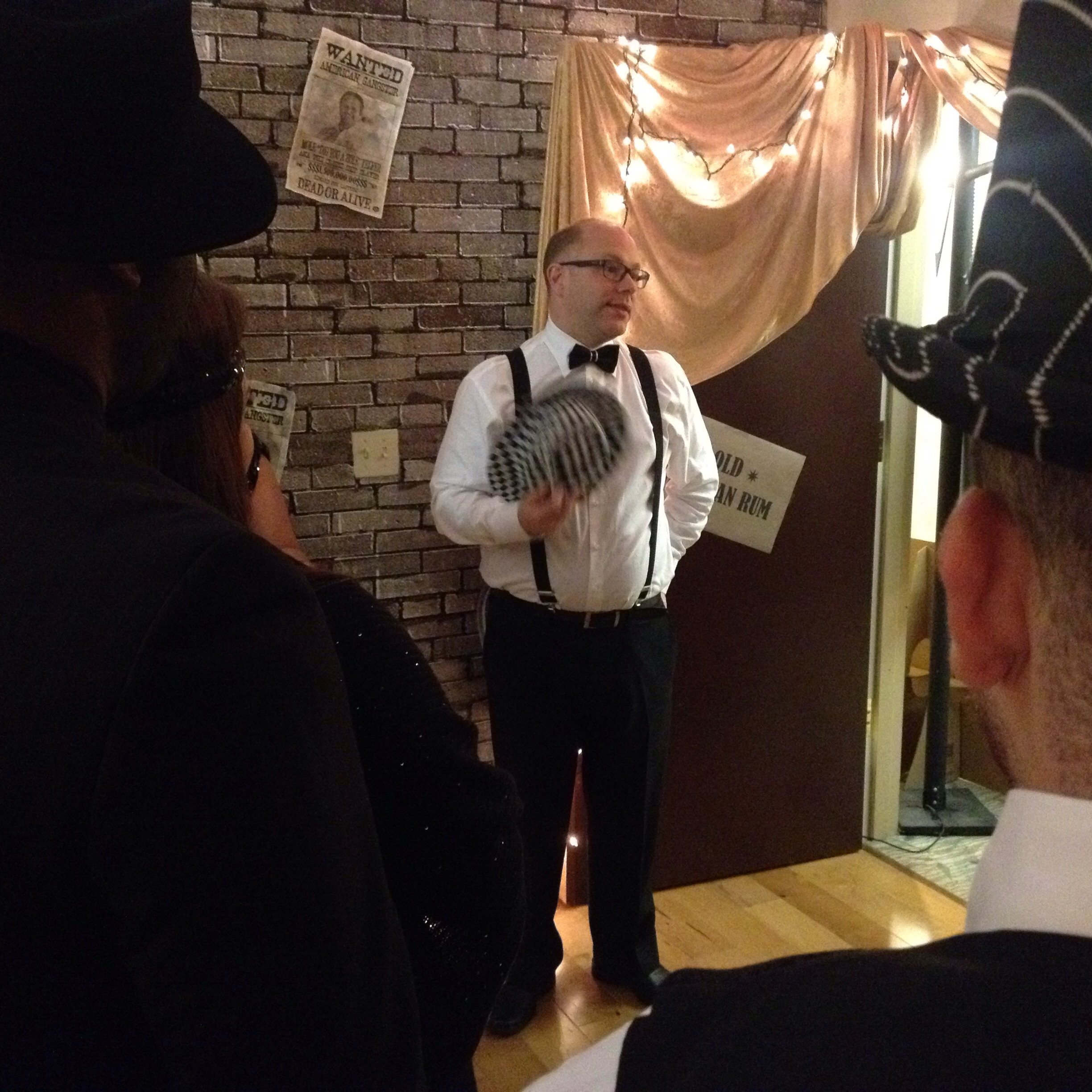 Some scenes from yesterday's Office Party Hop, where most companies in the building opened up the doors for the traditional annual Halloween party. The folks in the MHG group kept a steady SpeakEasy theme...