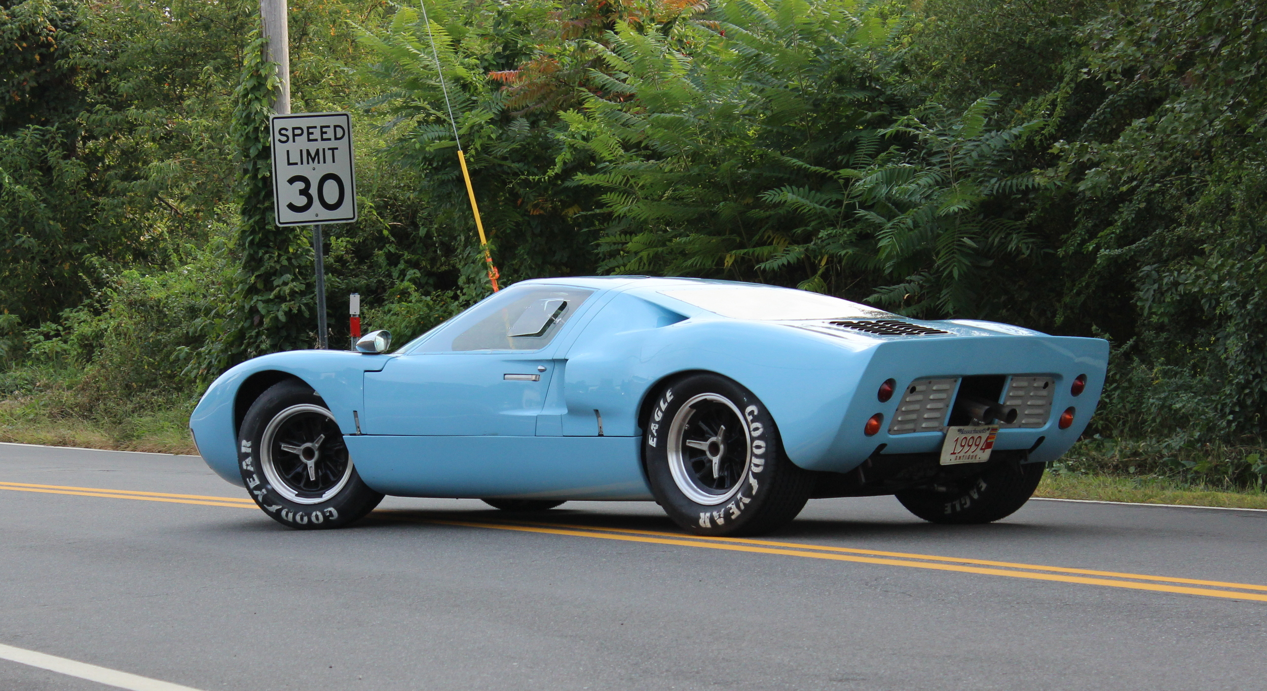 1966 GT-40 Small Block, one of the Shell parachute cars