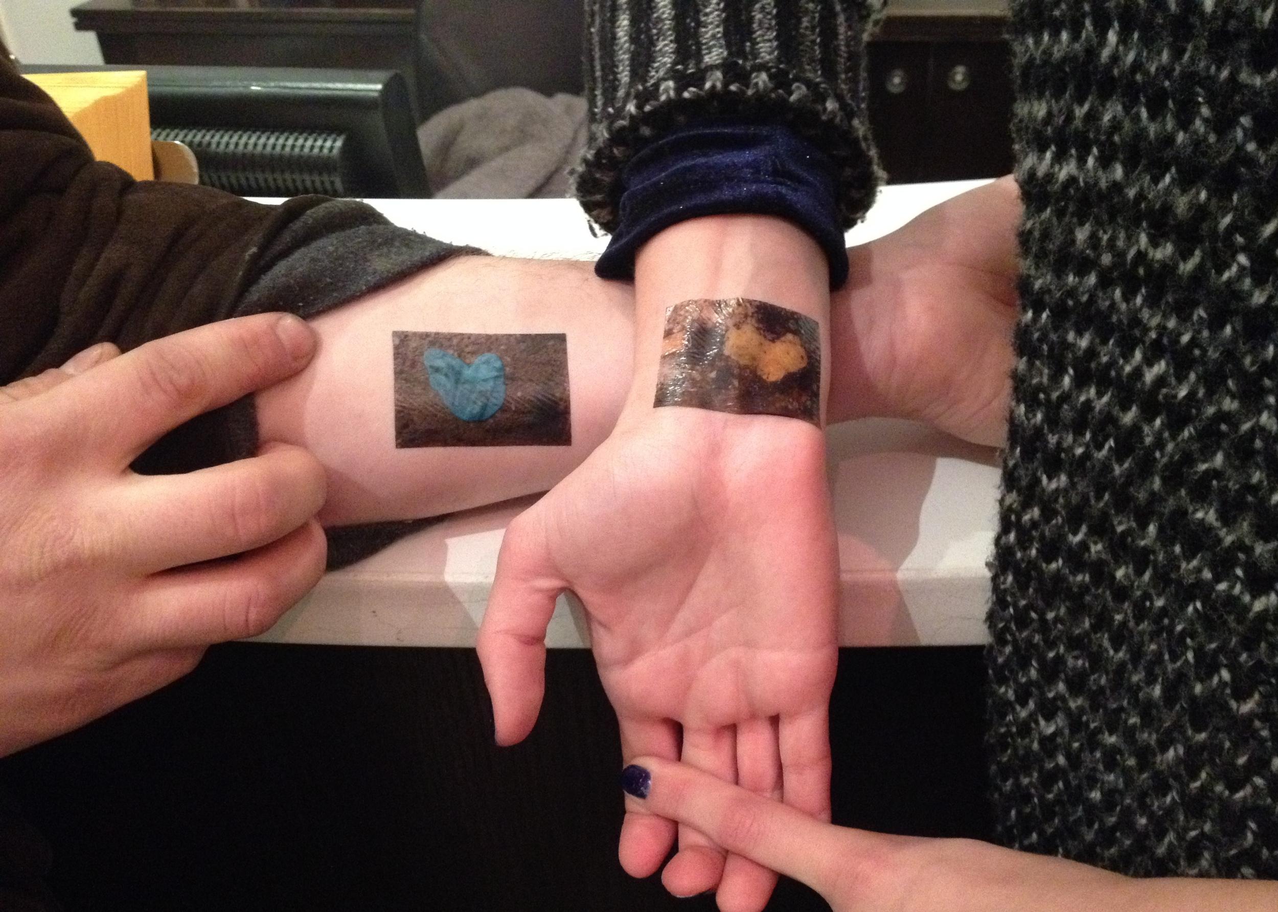 GumHearts Tattoo Sticker