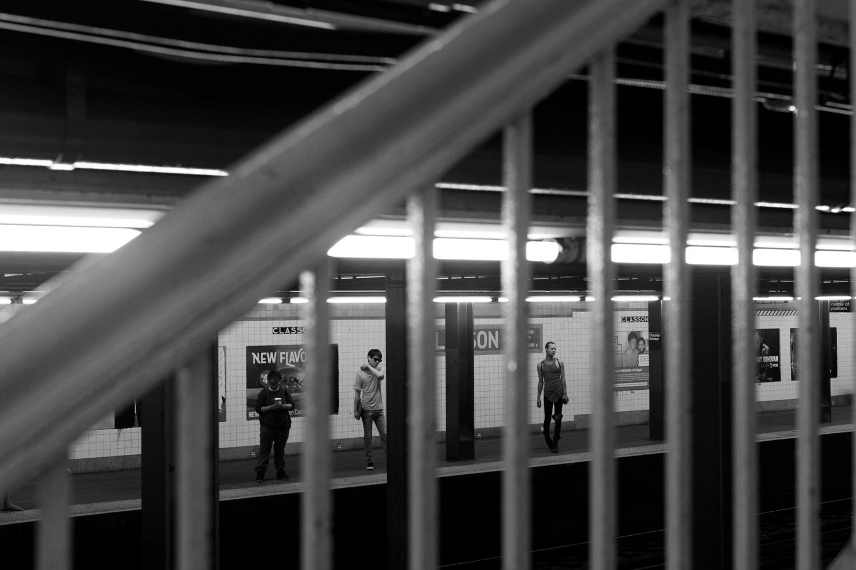 commuters_gonzguzphoto_01.jpg