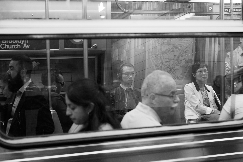 commuters_gonzguzphoto_02.jpg