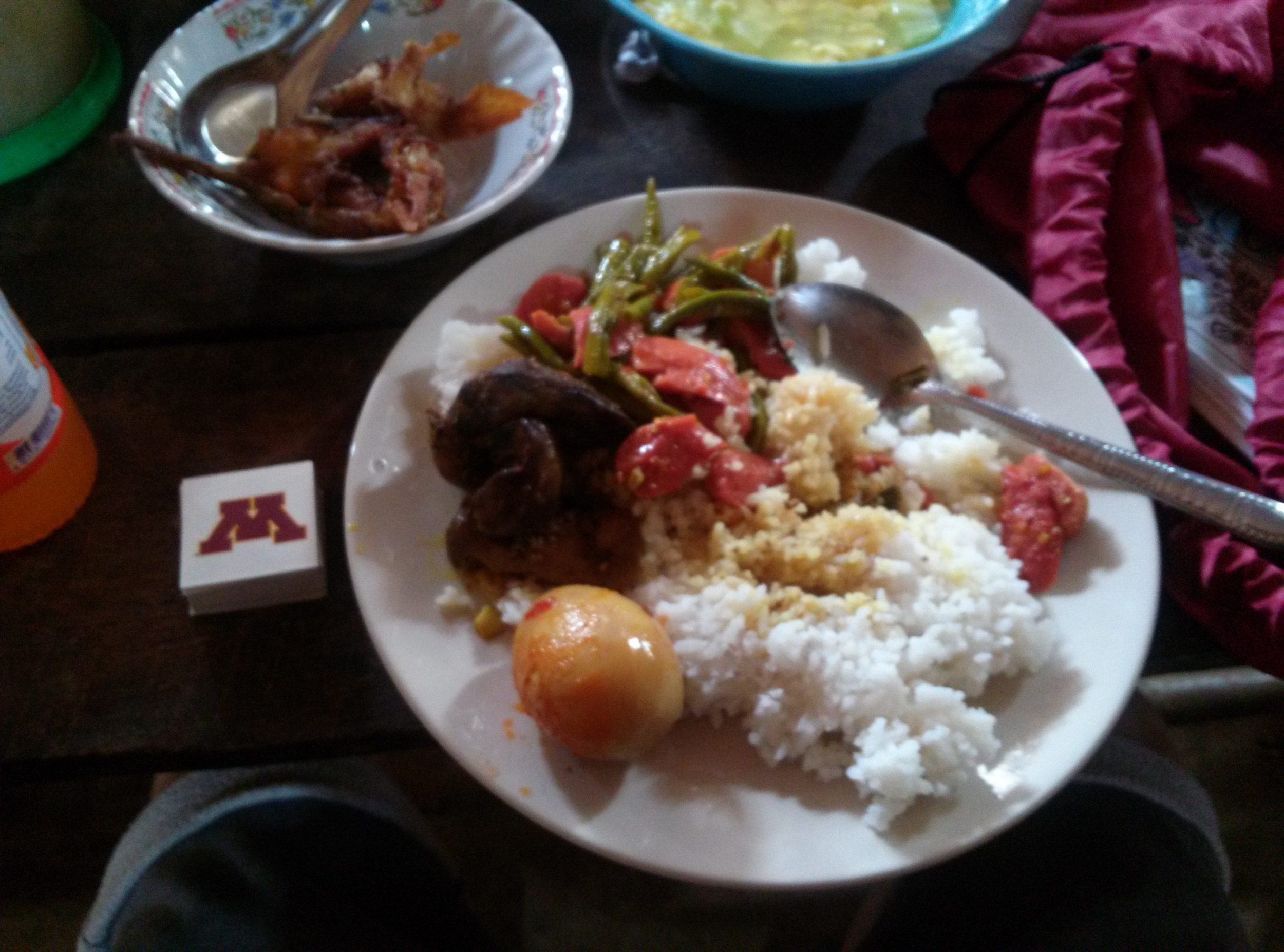 Delicious meal at the local restaurant. 80 Baht or 3 dollars for 3 people.
