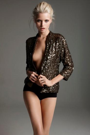 Amanda-Reardon-celebrity-Abbey-Lee-370x555.jpg