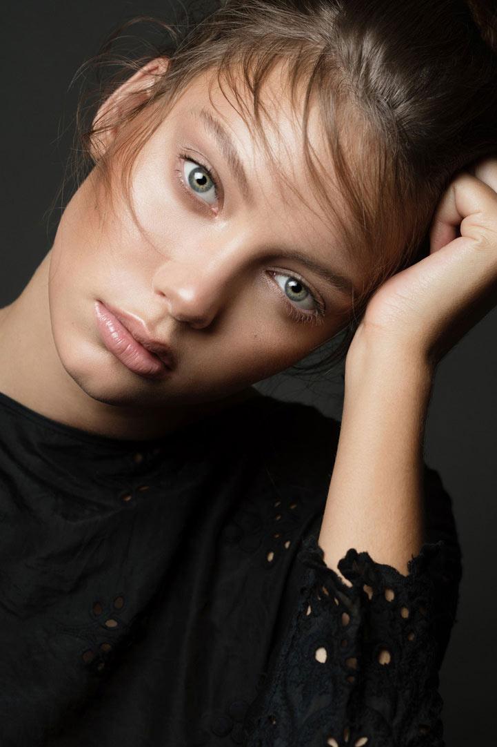 ElizabethMaleevsky_Beauty_00-16.jpg