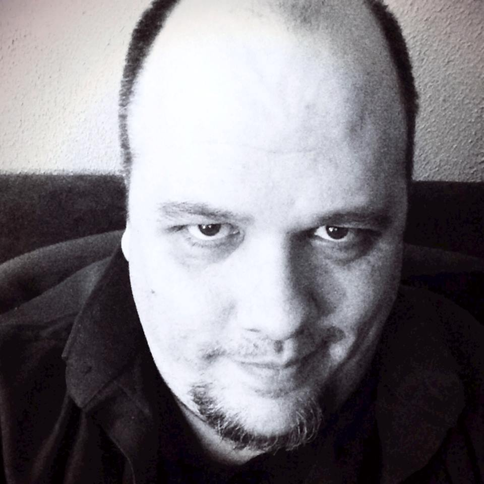 mark finn headshot 1.jpg