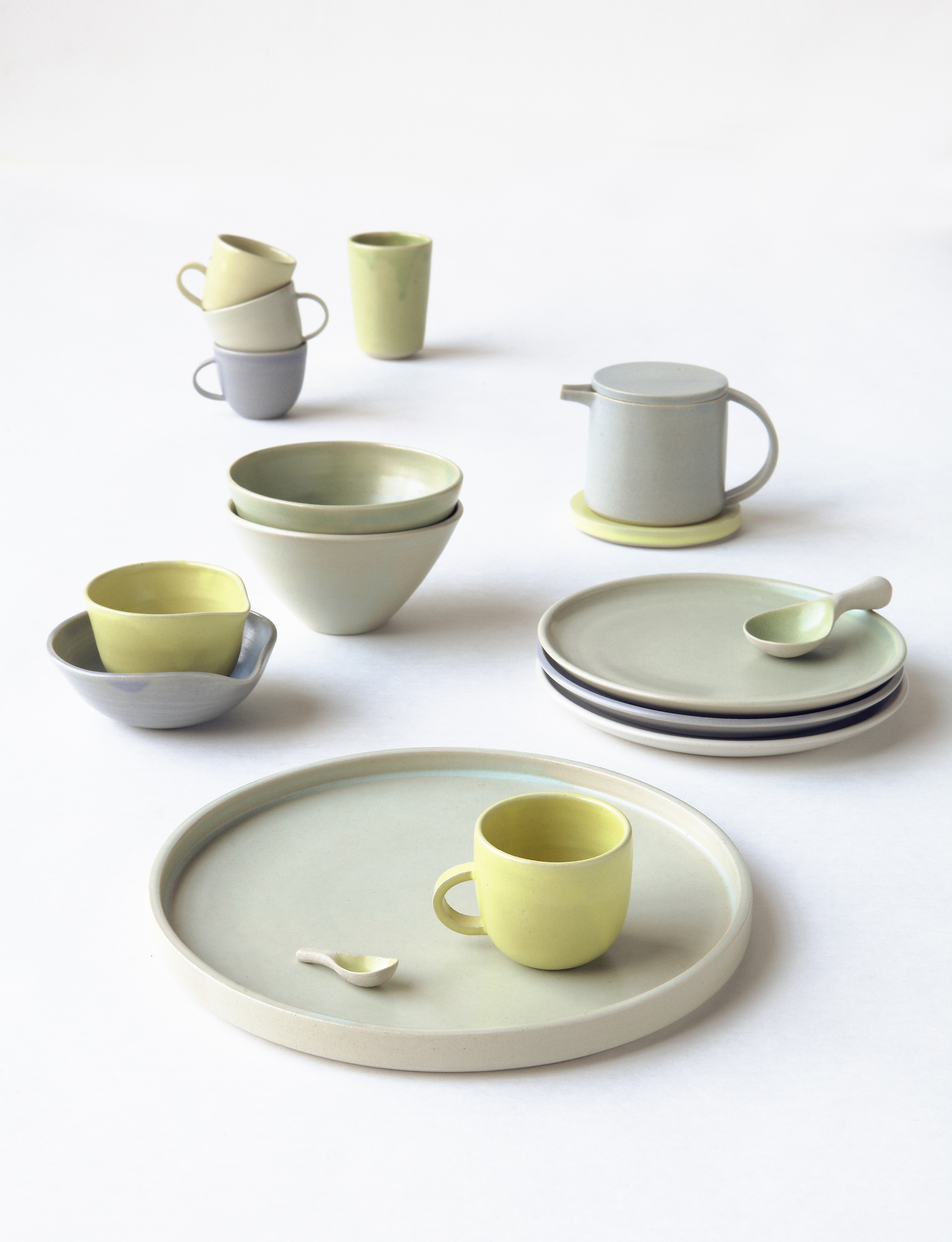 Toi / collection of tableware for children. 2013  Photography by Chikako Harada