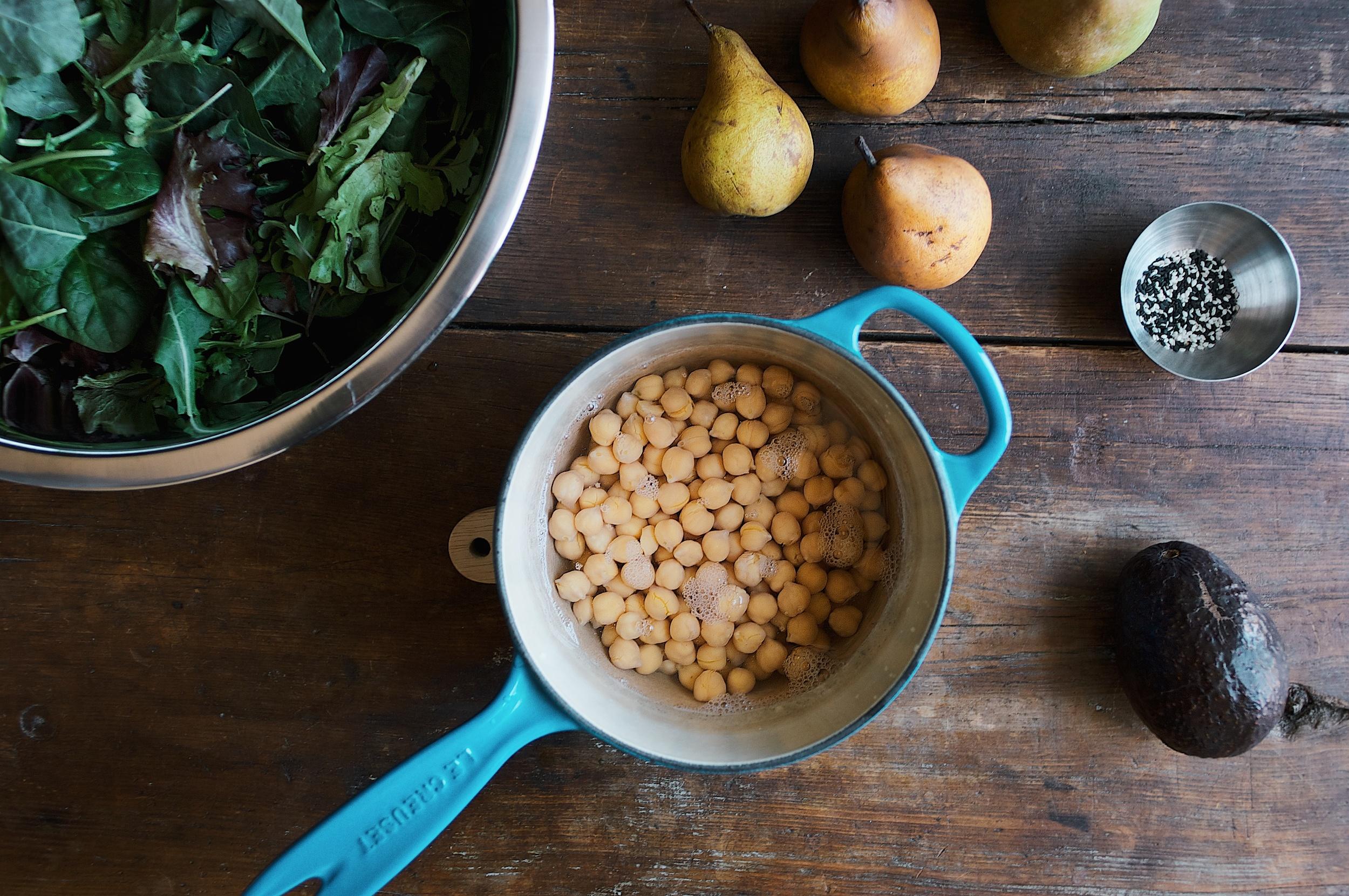 turmeric chickpea salad