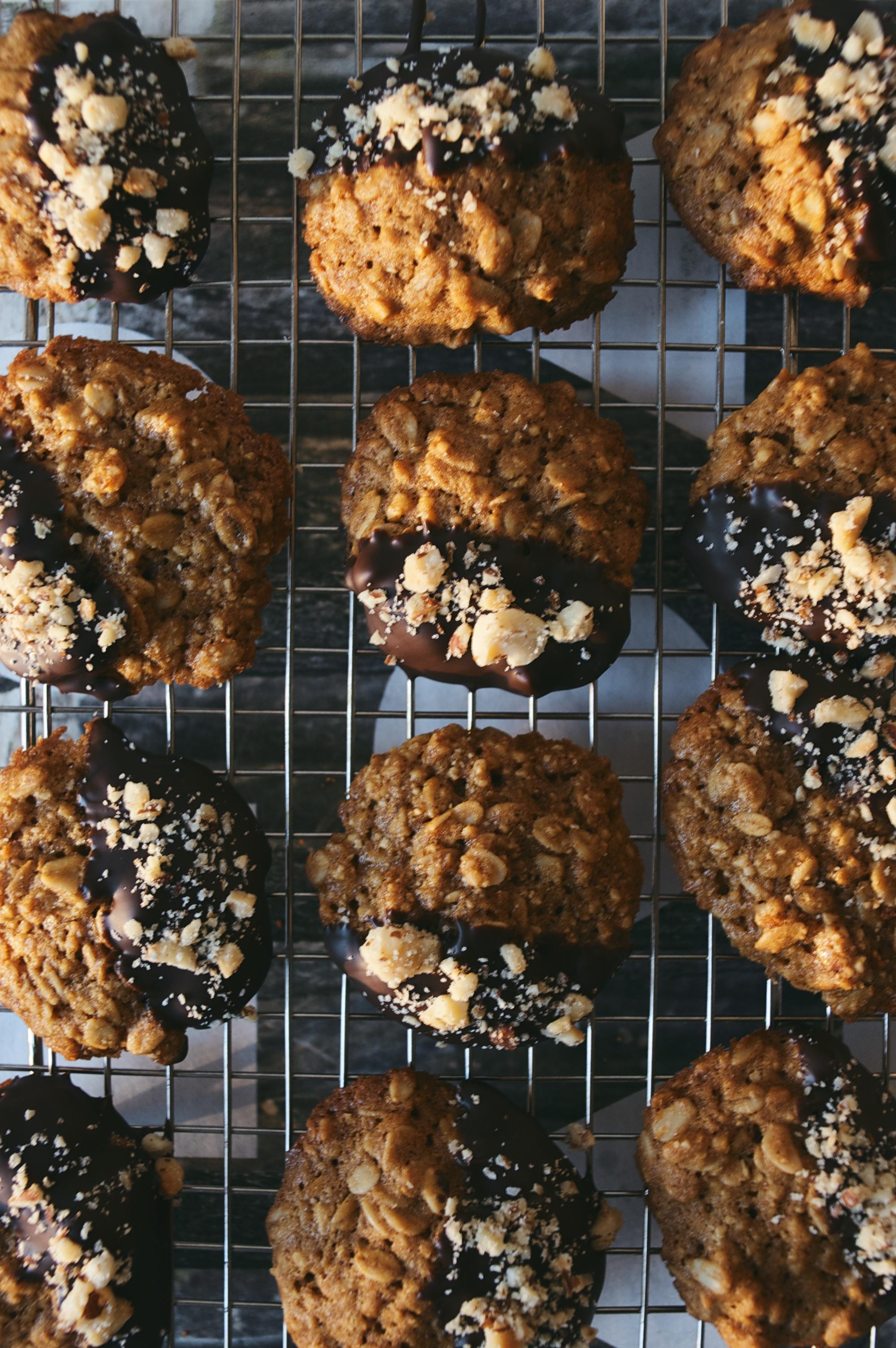 oatmeal-hazelnut cookies