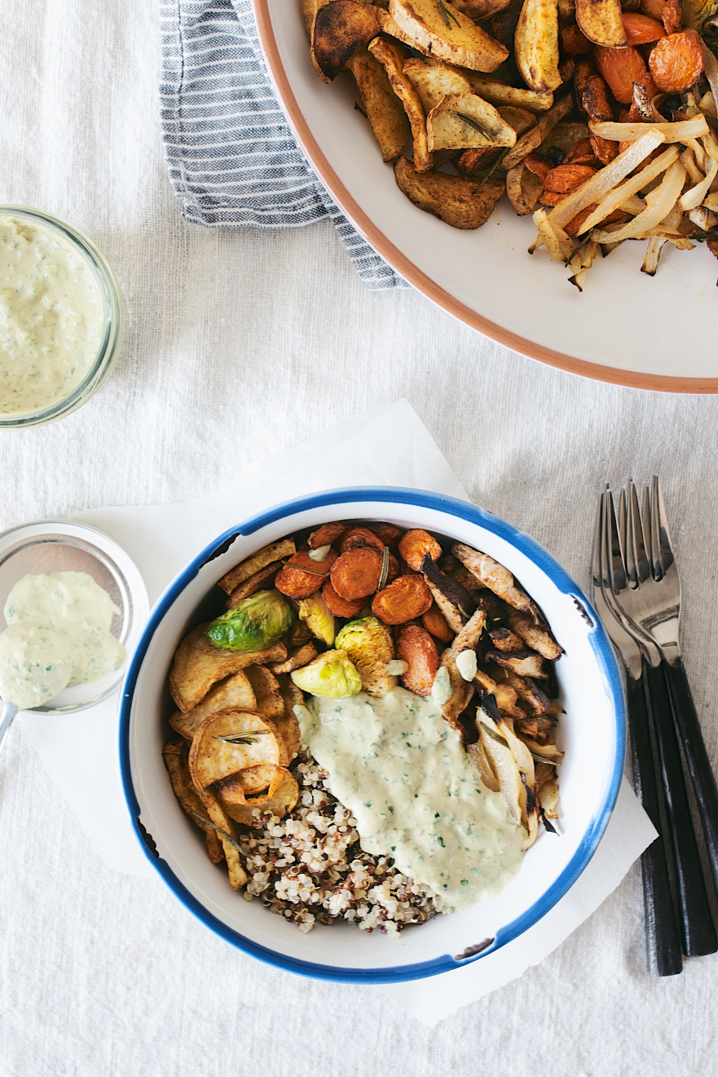 herb-roasted veggie bowl