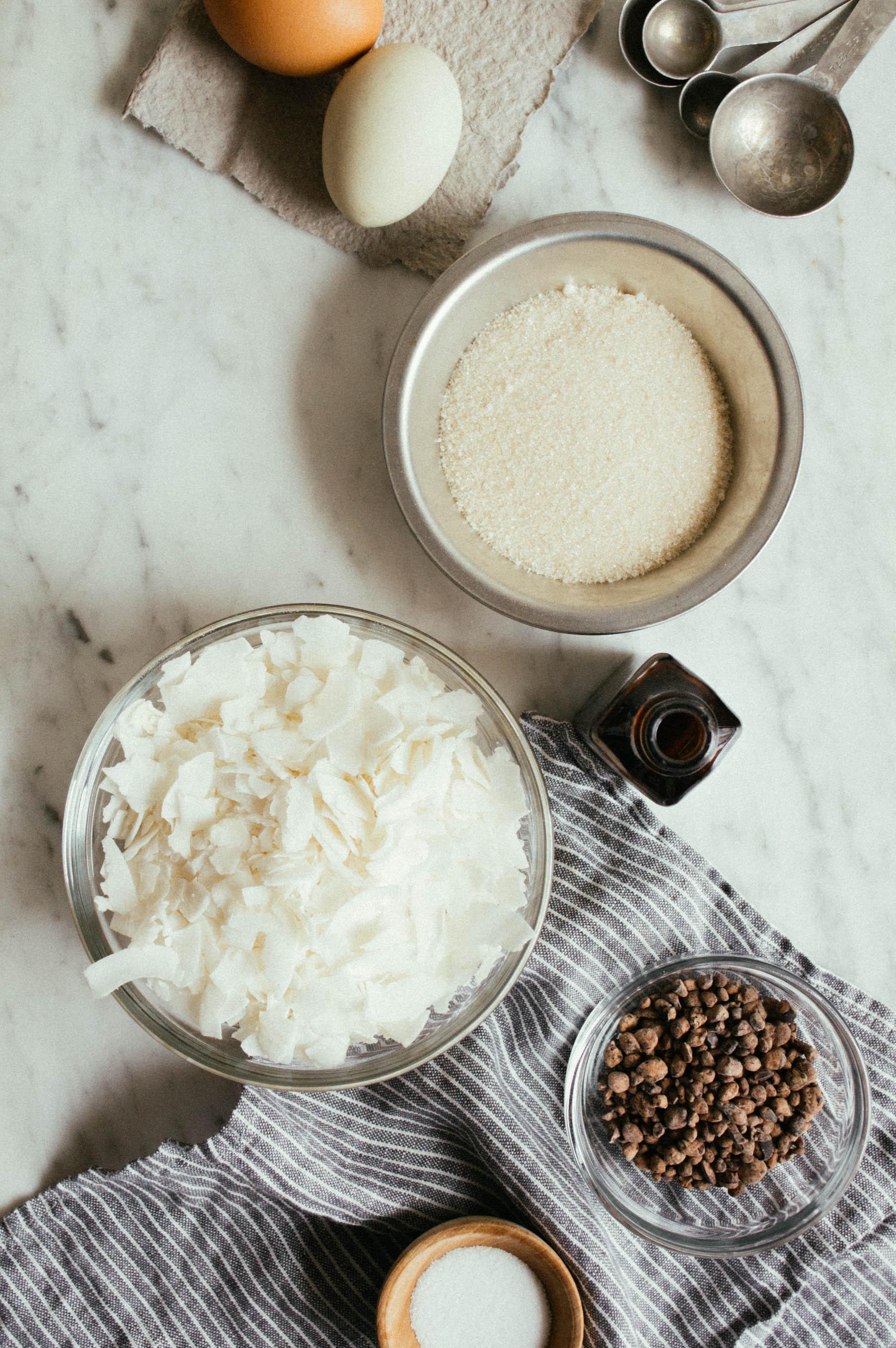 cacao nib, coconut macaroons