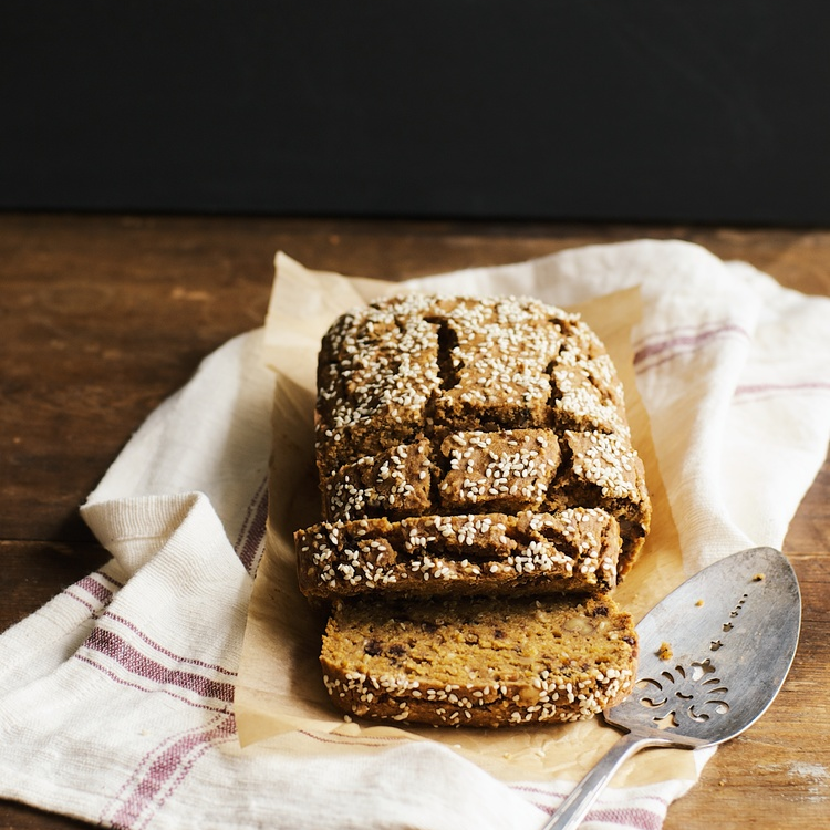 heirloom pumpkin sesame bread