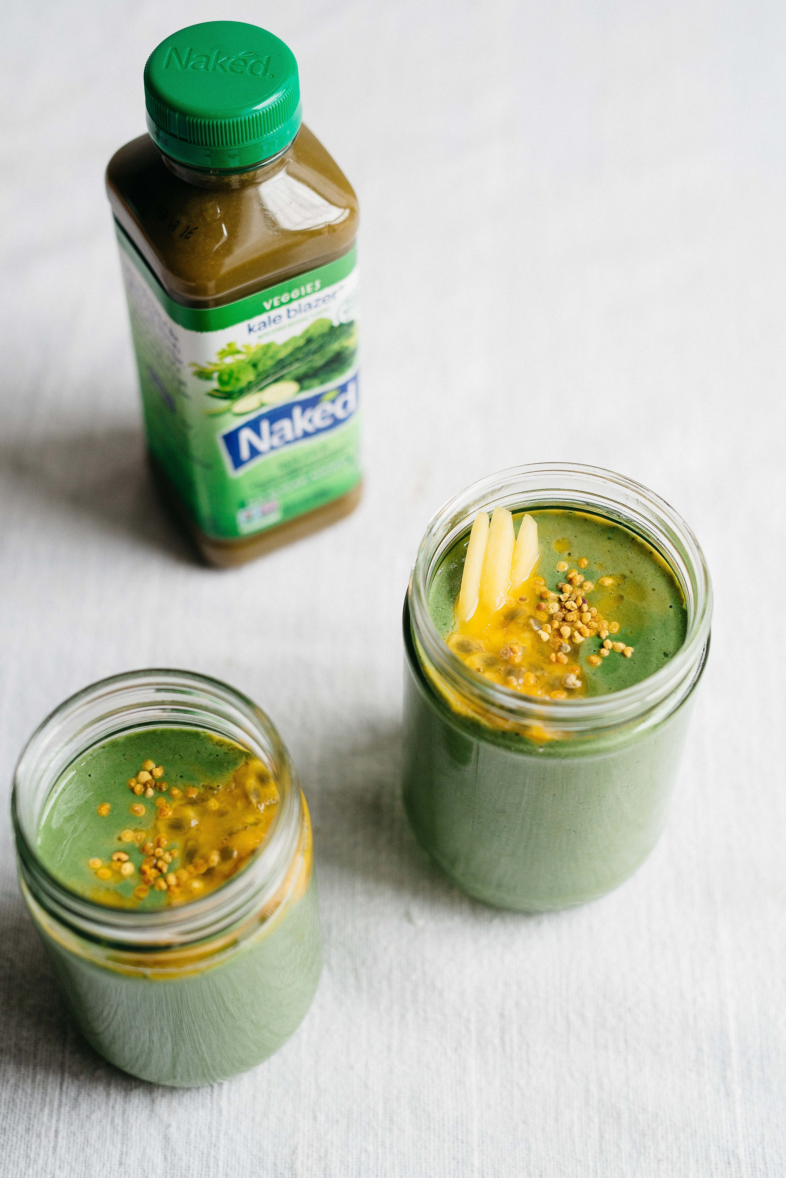 raw buckwheat green smoothie jars | dolly and oatmeal