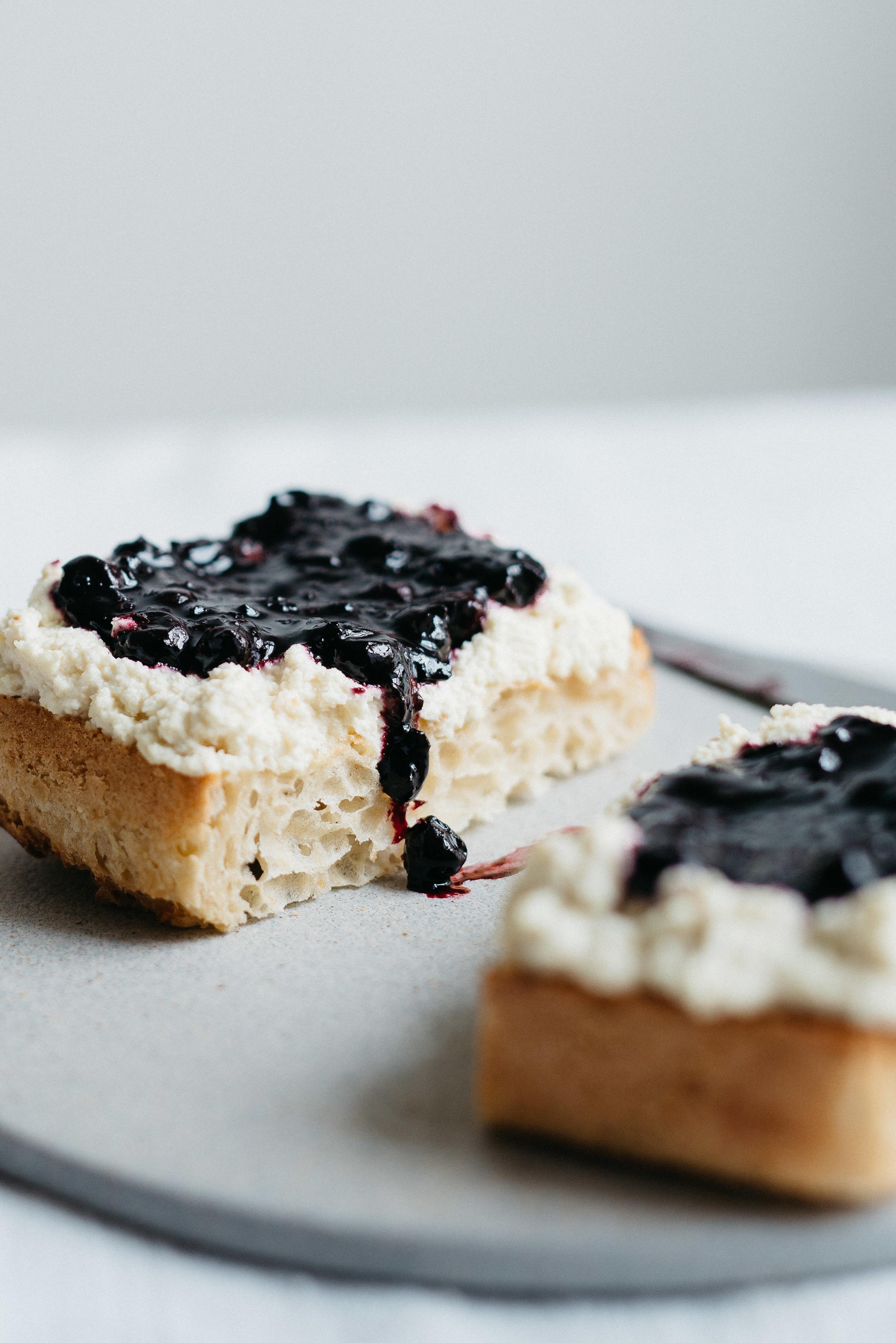 Summer Fridays!: Macadamia Ricotta & Black Currant Jam On Toast   V    dolly and oatmeal
