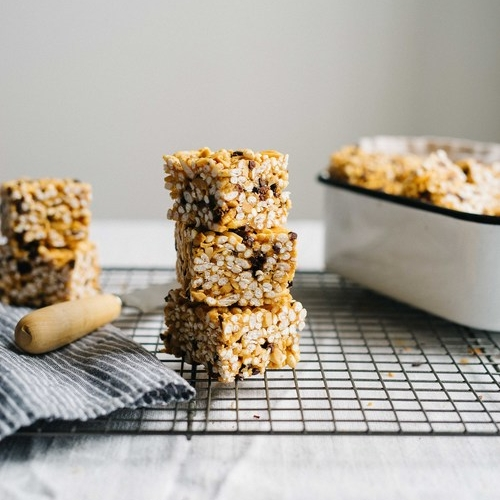 (no-bake) peanut butter & cacao nib cereal bars