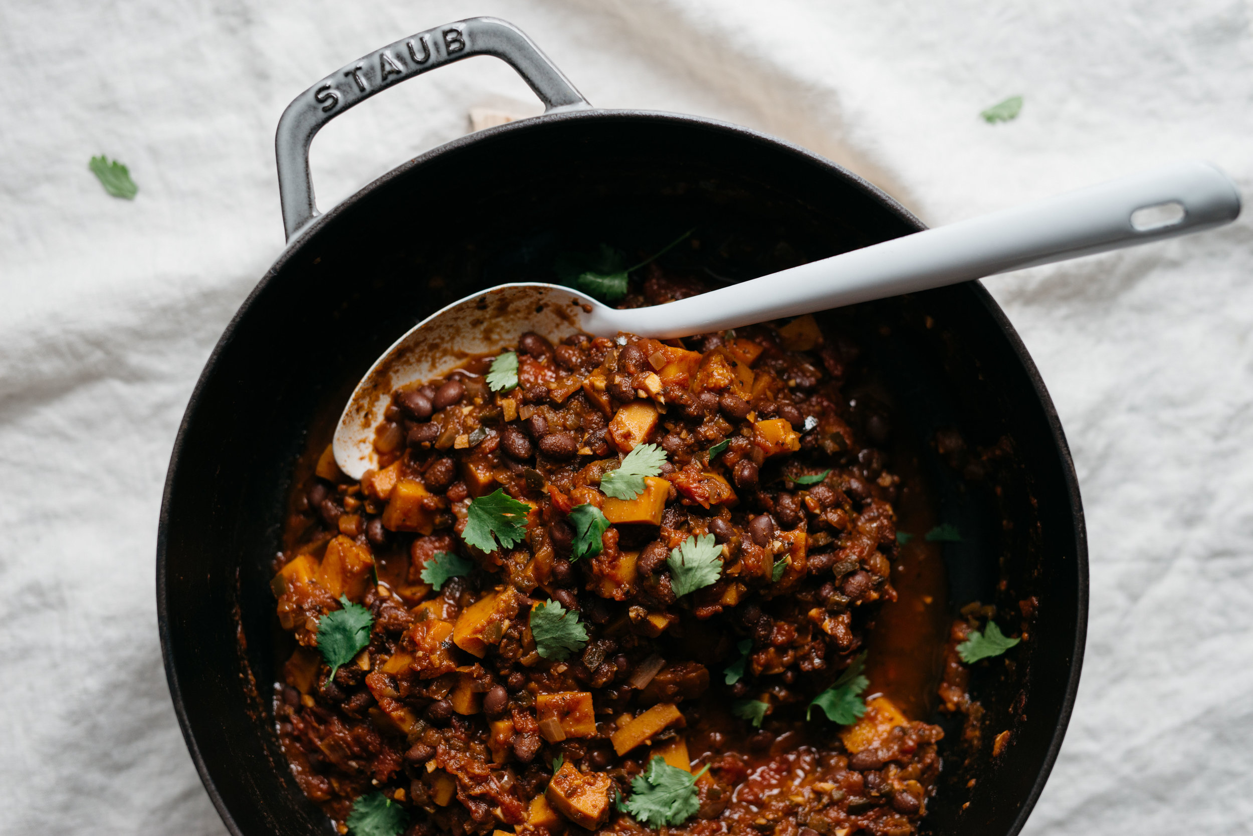 Butternut Squash Chili w/ Cilantro Yogurt | dolly and oatmeal