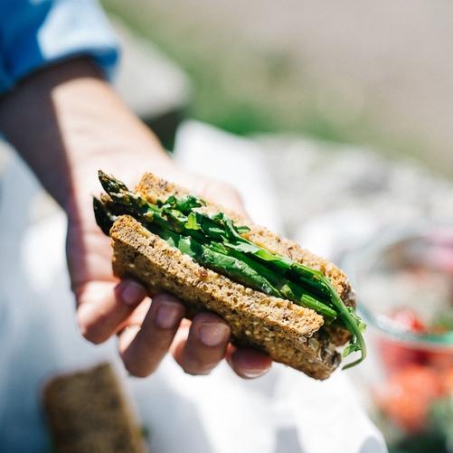 avocado asparagus sandwich