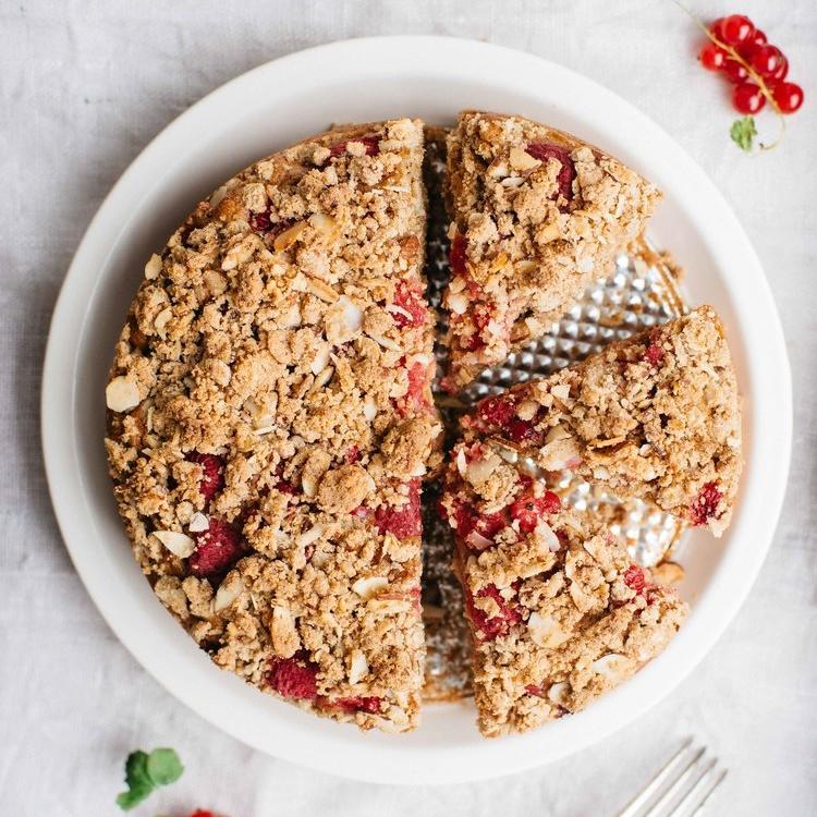 raspberry currant yogurt crumb cake