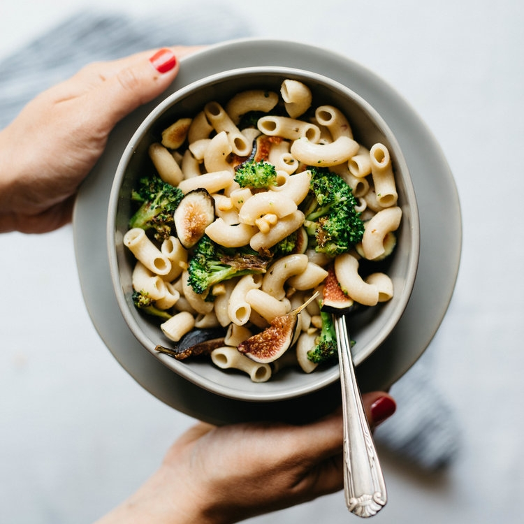creamy garlic pasta w/ charred broccoli & figs