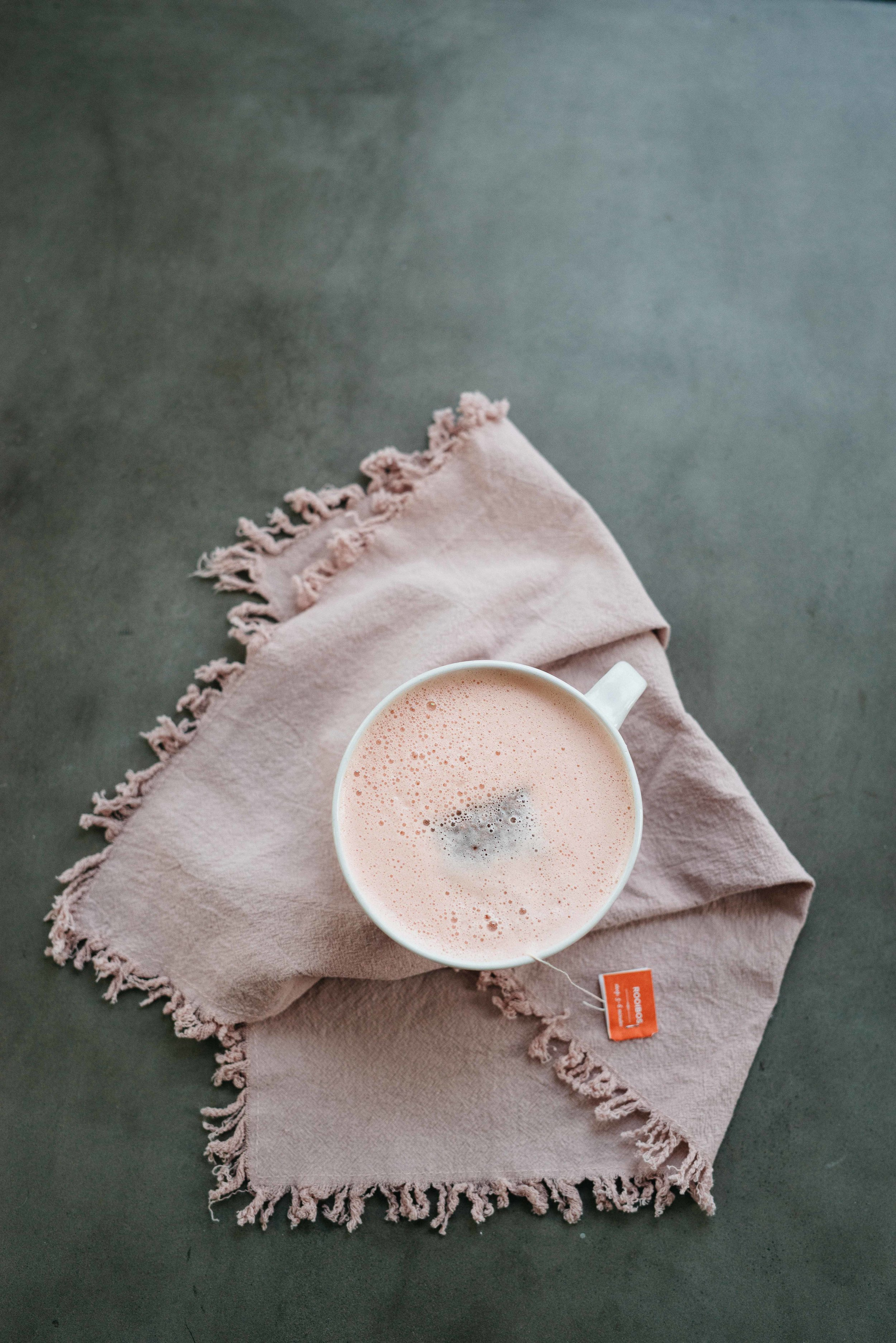 Coconut Butter Rooibos Latte | dolly and oatmeal