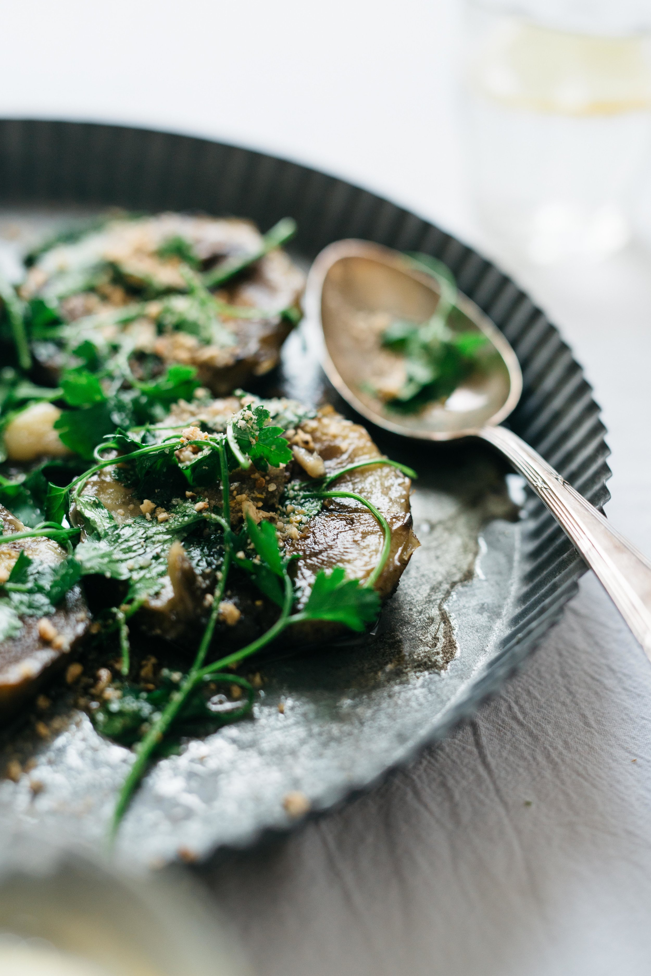 Pan-Fried Artichoke Hearts With Parsley | Dolly and Oatmeal