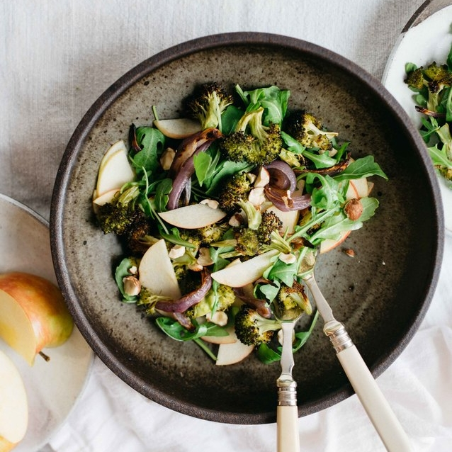 charred broccoli & red on ion salad w/ shaved apples & arugula
